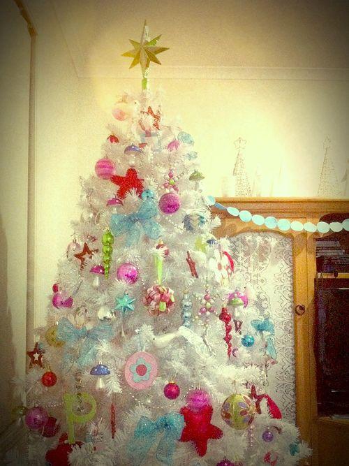 Our white christmas tree 2010